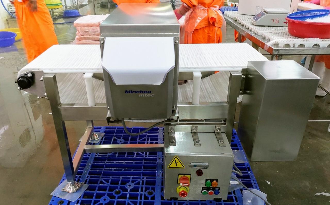 Máy dò kim loại cho thủy sản